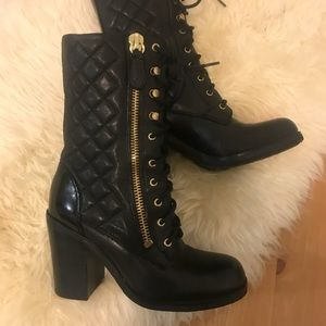Guess leather lace-up boots